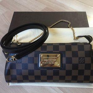 ❤️RETIRED❤️Louis Vuitton Damier Eva Crossbody bag